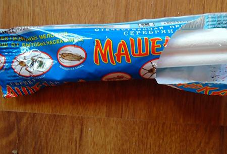 Tiza insecticida de cucarachas Masha y reseñas de su uso.