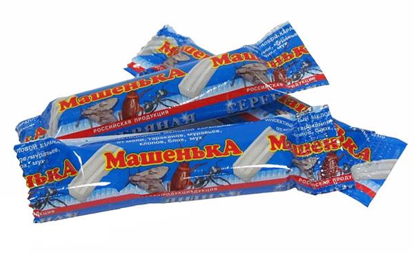 Crayones de cucarachas que Masha vendió muy activamente hoy, a pesar de la presencia en el mercado de medicamentos más efectivos.