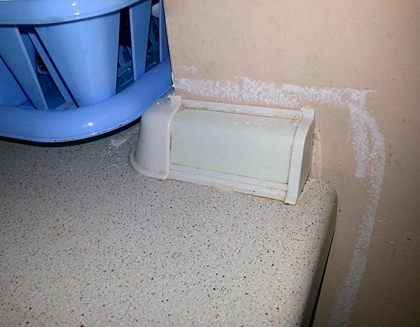 En muchos apartamentos, la herramienta se utiliza con fines preventivos, para que las cucarachas no vuelvan a aparecer.