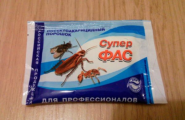 Insektoakaritsidny polvo Super Fas