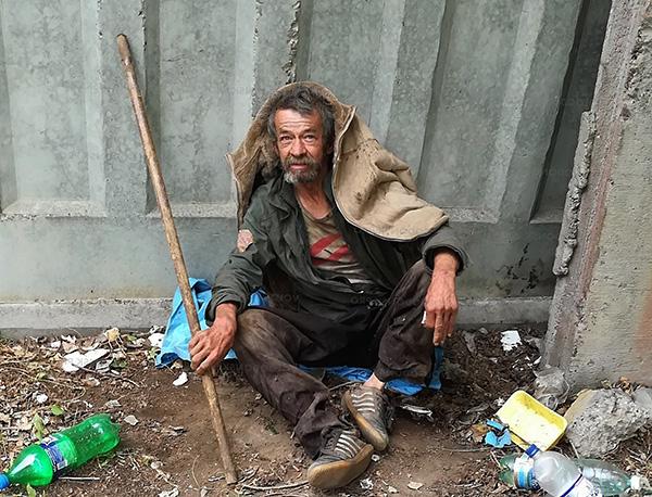 A menudo, los piojos de la lavandería se encuentran en personas sin hogar.